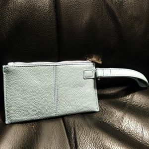 Thirty-One Wristlet with attached strap
